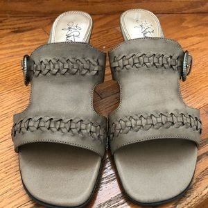 Life Stride leather sandals